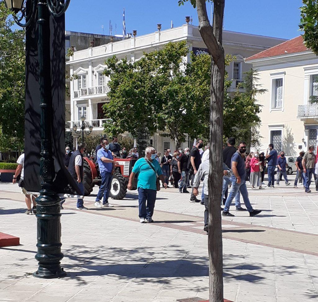 Πύργος: Μεγάλη, μαχητική απεργιακή συγκέντρωση στην κεντρική πλατεία και πορεία στους κεντρικούς δρόμους της πόλης για το εργασιακό νομοσχέδιο- Κινητοποιήσεις και στην Αμαλιάδα (photos)